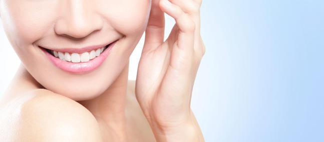 5-conseils-pour-prendre-soin-de-sa-peau-au-naturel_imagepanoramique647_286